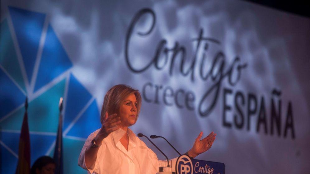 Foto: La secretaria general del Partido Popular, María Dolores de Cospedal, durante su intervención en la inauguración de la Convención Nacional del PP. (EFE)