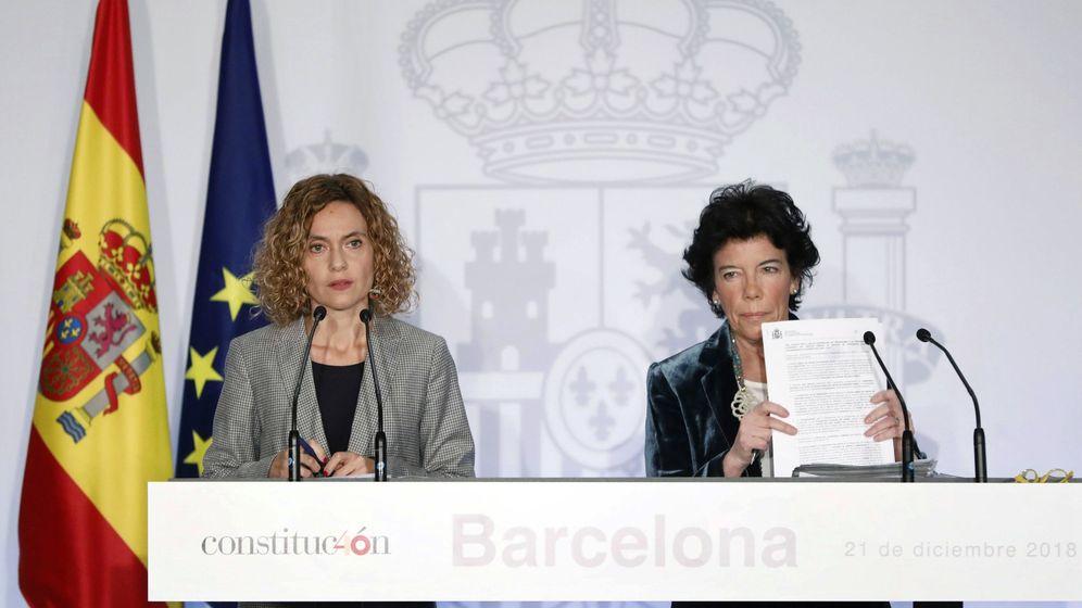 Foto: Isabel Ceaá y Meritxell Batet. (EFE)