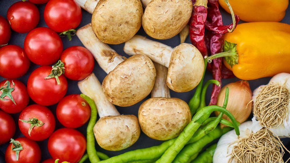 Foto: Productos como el repollo, la lechuga o el ajo multiplican mucho su precio desde su origen