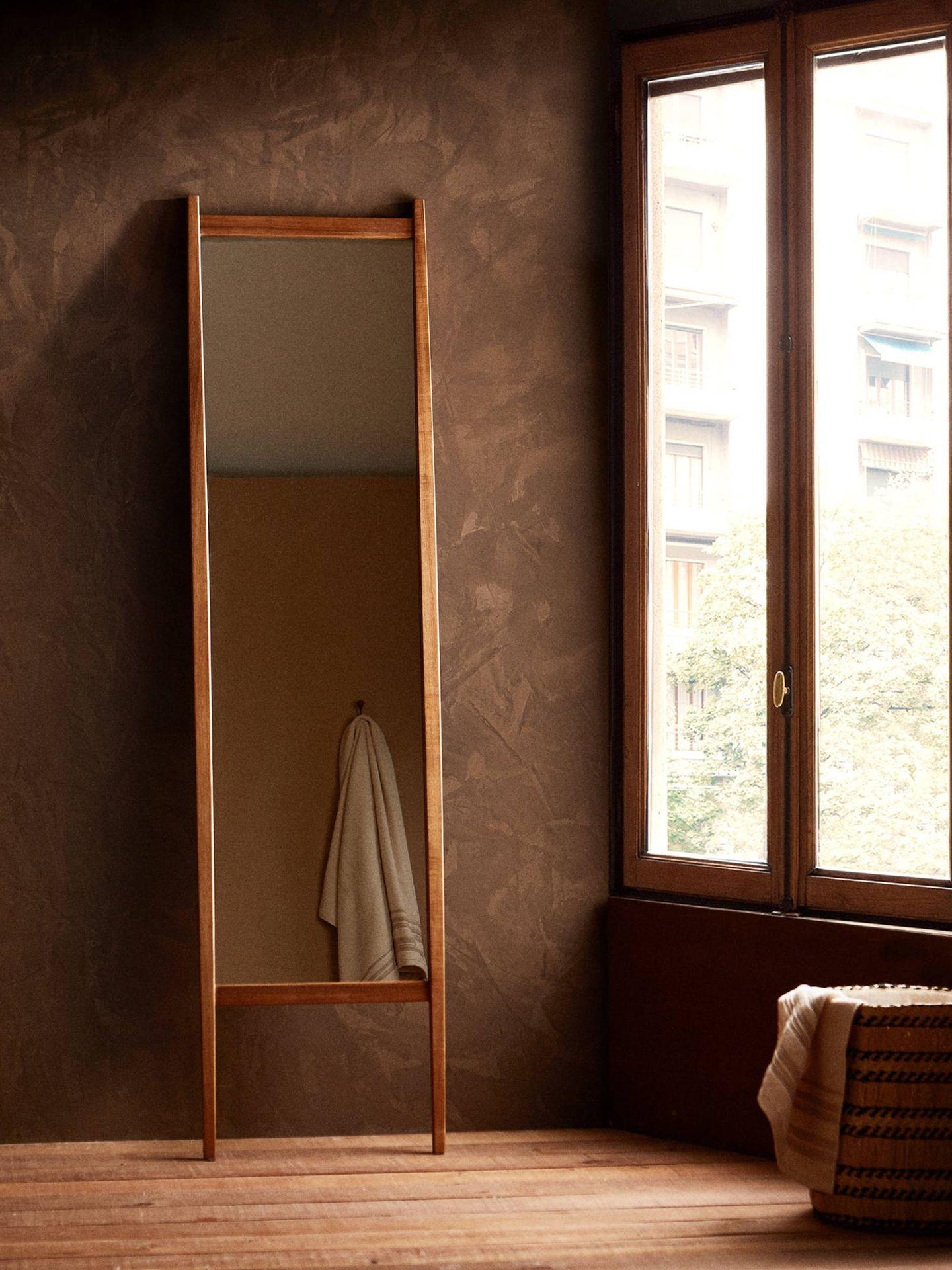 Espejos de Zara Home. (Cortesía)