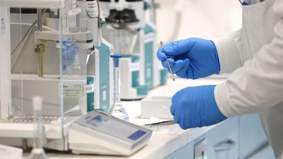 La vacuna de AstraZeneca genera dudas ¿qué otras farmacéuticas ganan la carrera?