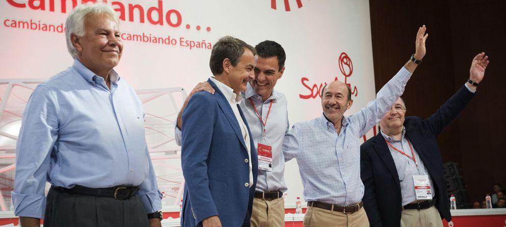 Pedro Sánchez sacó los colores a Zapatero tras su viaje 'a cuerpo de rey' a Guinea