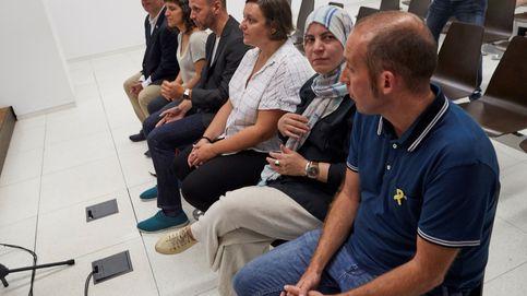 Absuelven a los seis concejales que abrieron el Ayuntamiento de Badalona el 12-O