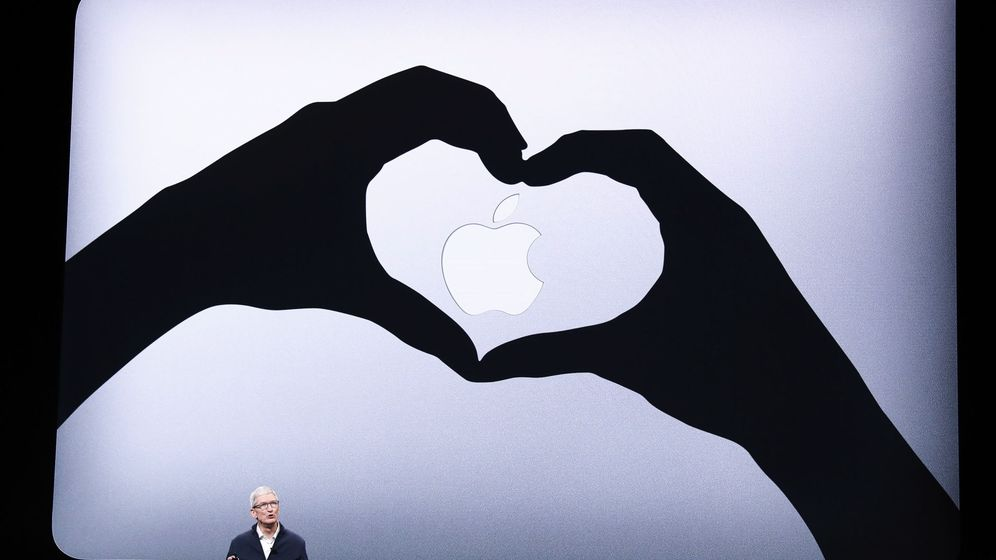 Foto: El CEO de Apple, Tim Cook, en una presentación en Nueva York. (Reuters)