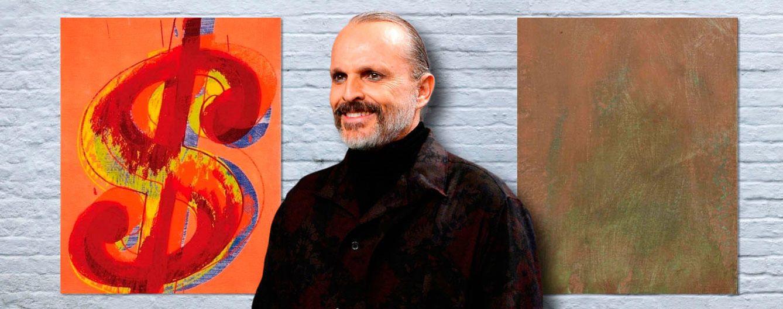 Foto: Miguel Bosé con los dos cuadros de Warhol de fondo (Vanitatis)