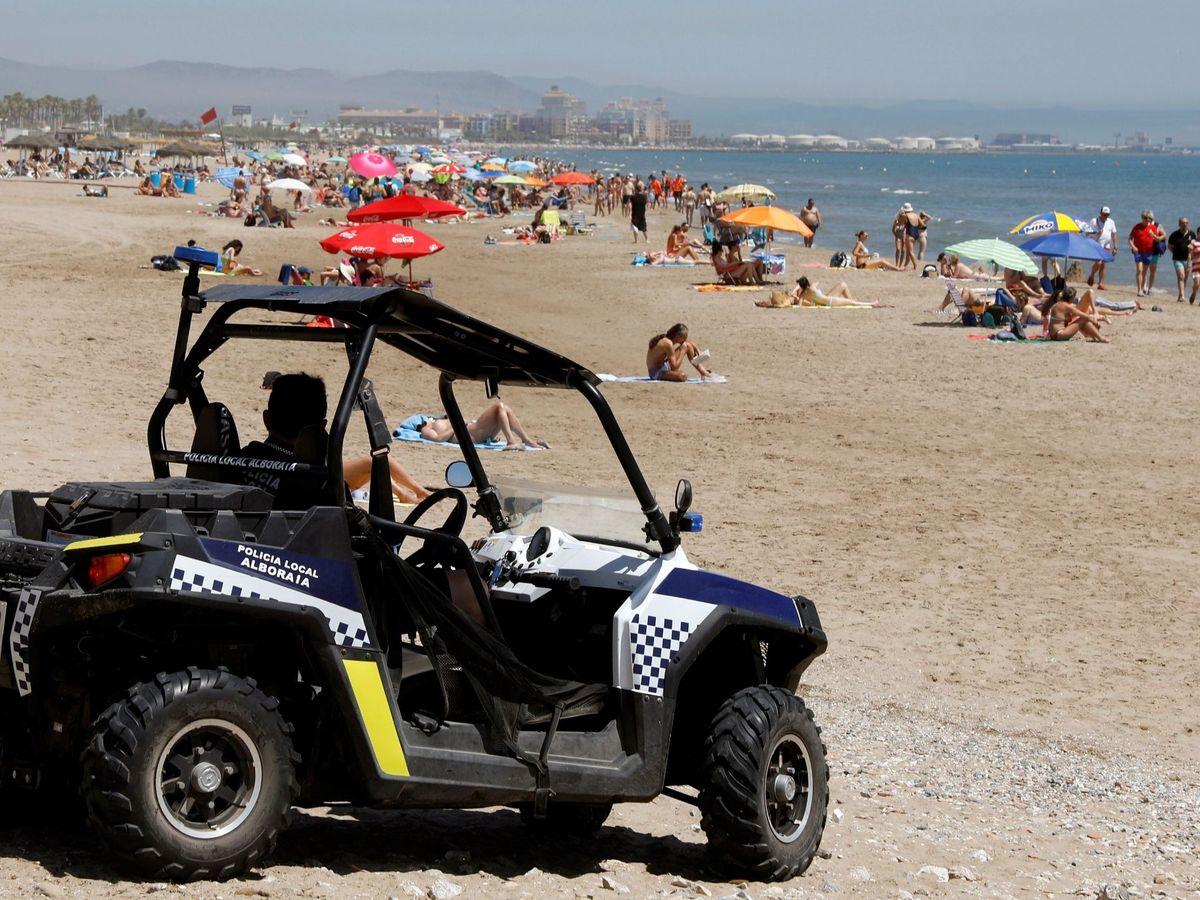 Foto: Un policía local de Alboraia se vio agraviado por las risas del jubilado