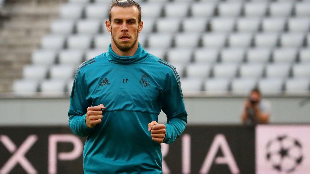 Foto: Gareth Bale, con gesto serio y pensativo, durante un entrenamiento con el Real Madrid. (EFE)