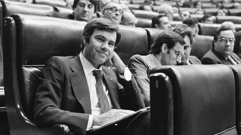 Foto: Felipe González, fotografiado en el Congreso el 13 de junio de 1977, el primero celebrado desde la reinstauración de la democracia. (Christine Spengler/Sygma/Corbis)