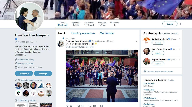 Paco Igea cambia su foto en Twitter y abraza a Toni Roldán tras su salida de Cs