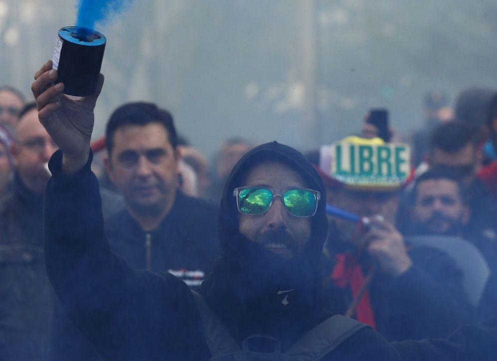 Foto: Protesta de taxistas en Madrid contra Uber y Cabify el pasado año. (Reuters)