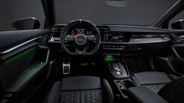 Interior personalizado al máximo en el RS 3. El conductor puede ajustar el carácter de su coche casi como en un modelo de competición.