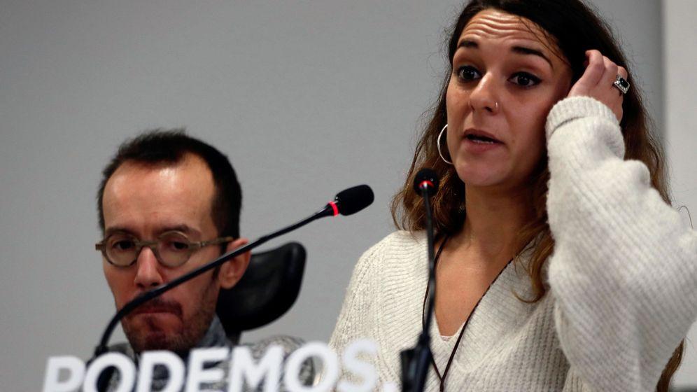 Foto: Noelia Vera y Pablo Echenique en rueda de prensa tras la primera reunión de su ejecutiva en 2018. (EFE)