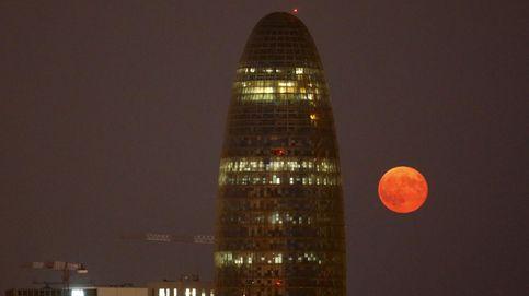Eclipse, cometa y luna de nieve: cómo ver los tres fenómenos que coinciden este viernes