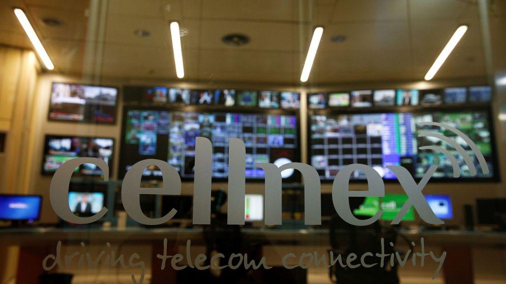 Foto: Logo de Cellnex en su sede de Madrid. (Reuters)