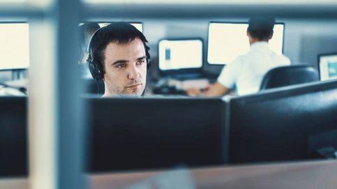 Ha automatizado su trabajo y solo le dedica una hora al día. Su jefe no lo sabe
