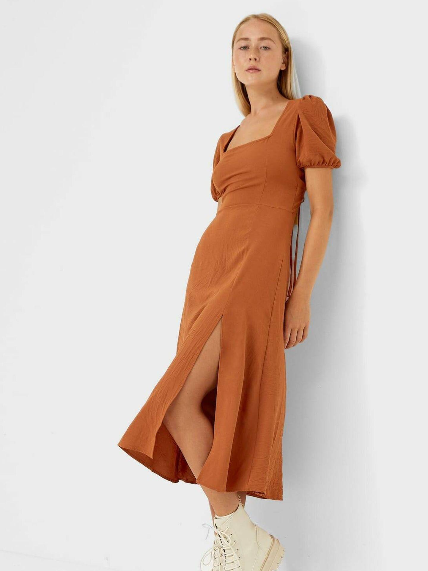 Vestido estampado de Zara. (Cortesía)
