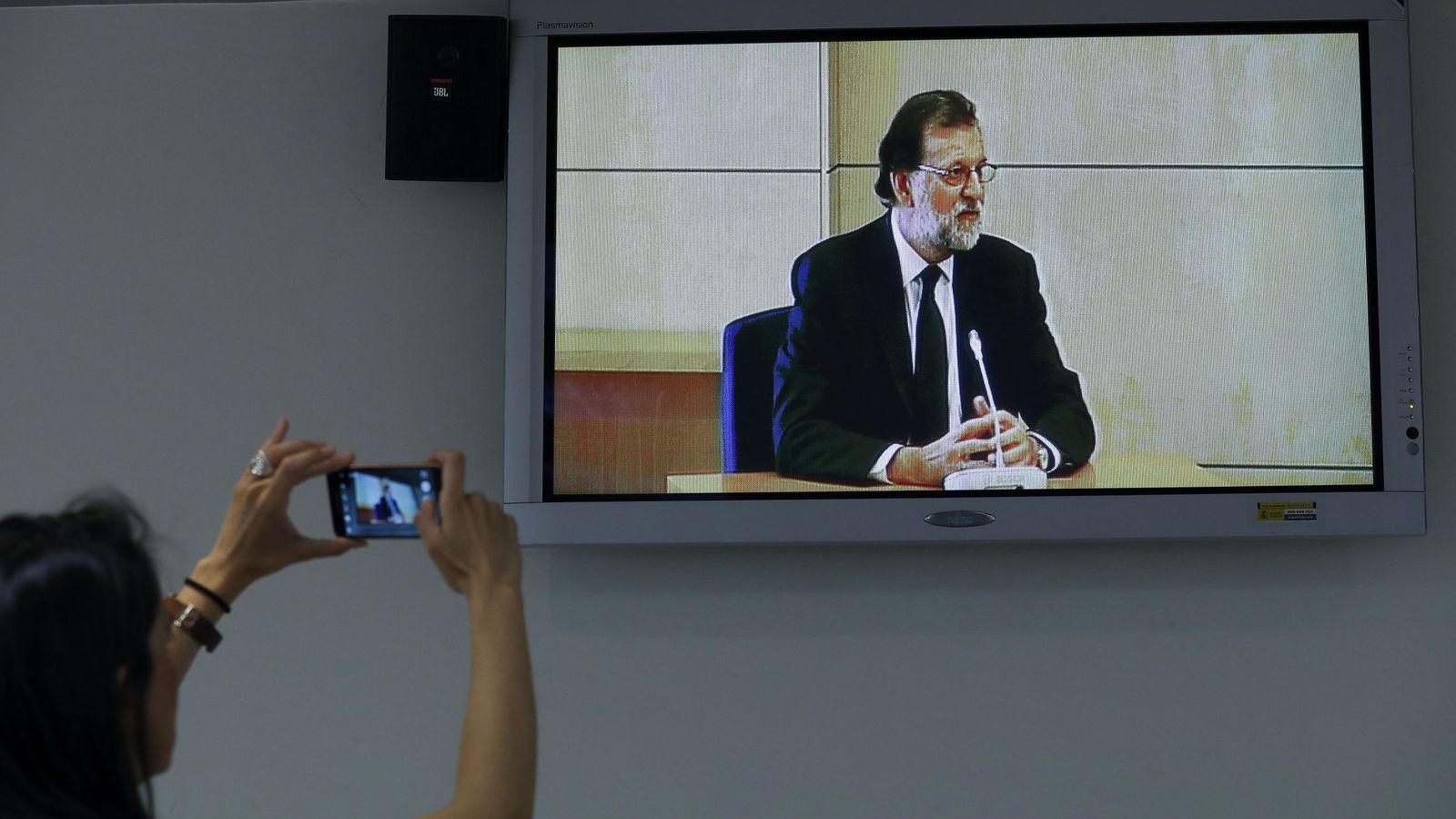 Foto: Mariano Rajoy durante su declaración. (EFE)