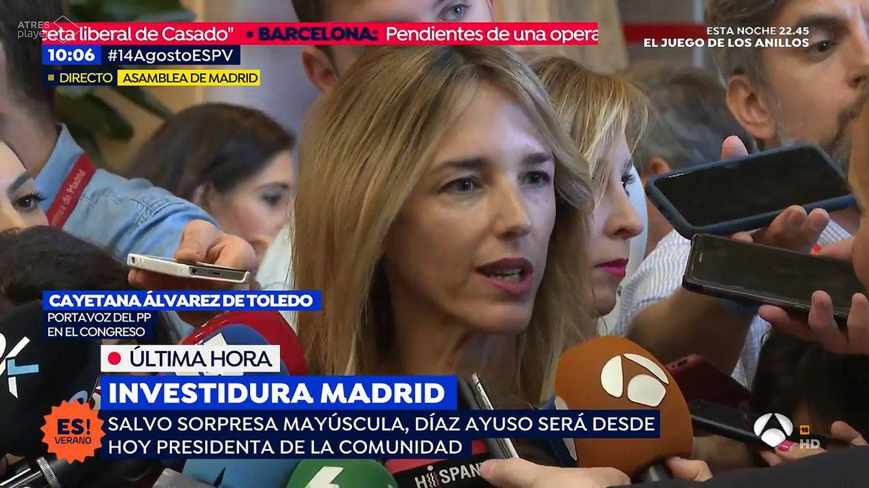 La doble metedura de pata de una reportera de Antena 3 con Cayetana Álvarez de Toledo