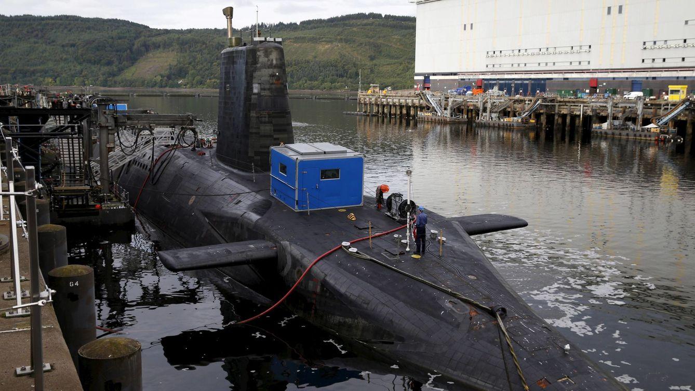 Foto: Un submarino nuclear en la base de la Royal Navy en Faslane, Escocia, en agosto de 2015 (Reuters)