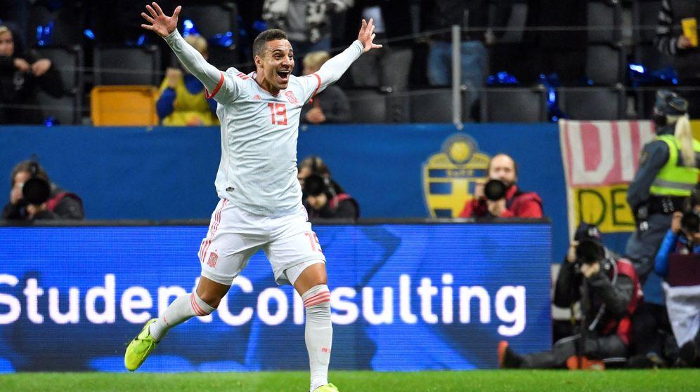 Foto: Rodrigo Moreno celebra el gol del empate en Suecia que clasifica a España para la Eurocopa 2020. (EFE)