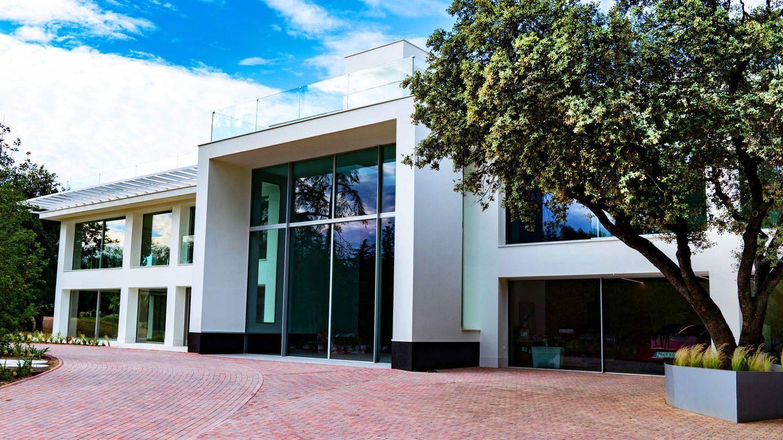 Esta es la casa más cara de Madrid vendida por 12,2 millones y situada en La Moraleja.