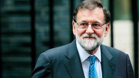 Mariano Rajoy, arropado por sus íntimos y más fieles para recordar a su hermana