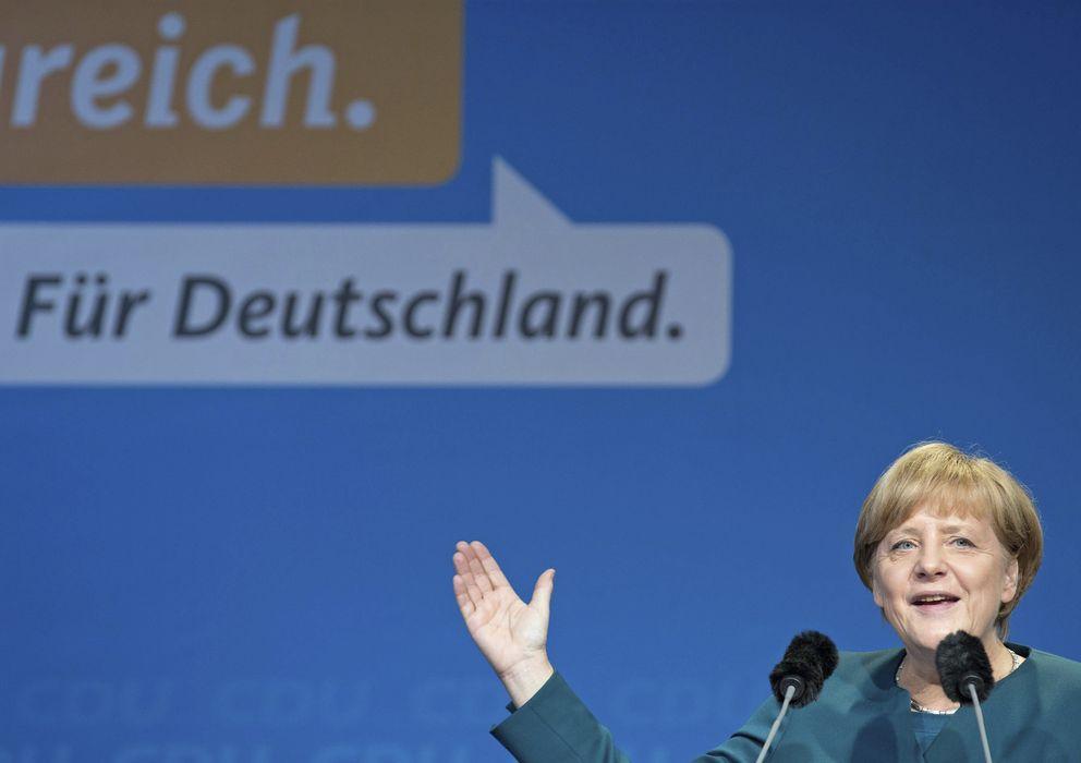 Foto: La canciller alemana Angela Merkel pronuncia un discurso (Efe)