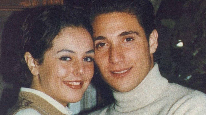 Rocío Carrasco y Antonio David Flores, de jóvenes. (Mediaset España)