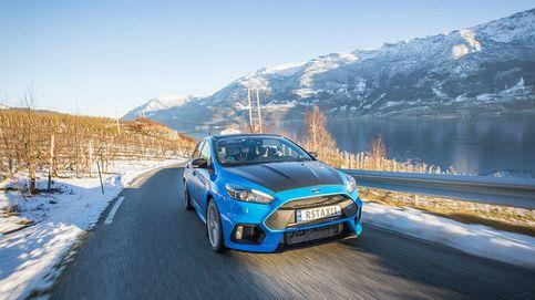 Así es Rayo Azul, el Uber de los 'rallies' que ruge por las carreteras de Noruega