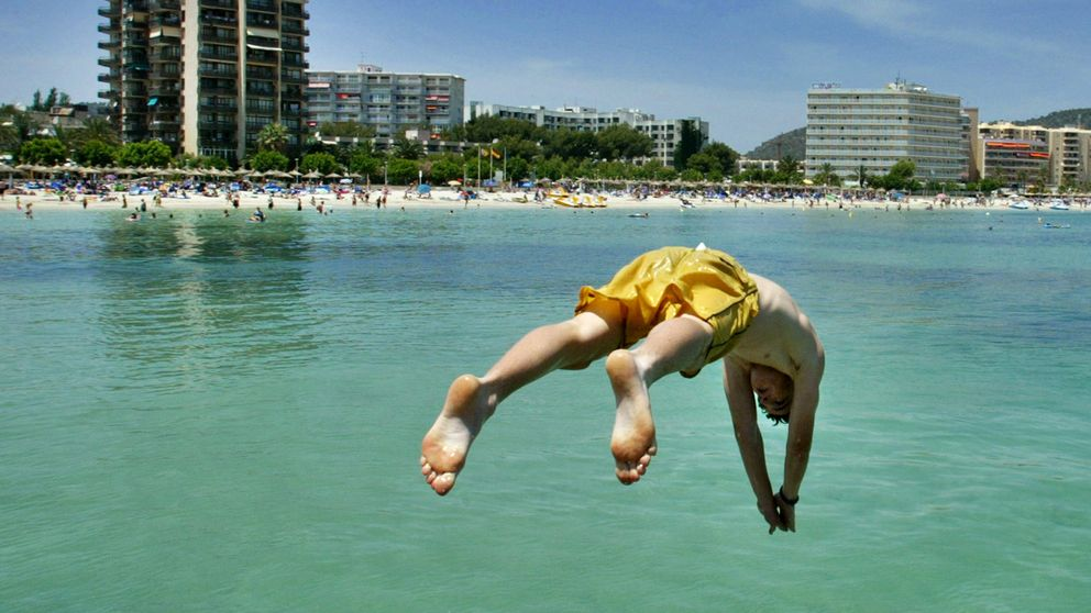 Los turistas tendrán que pagar hasta dos euros al día por visitar Baleares