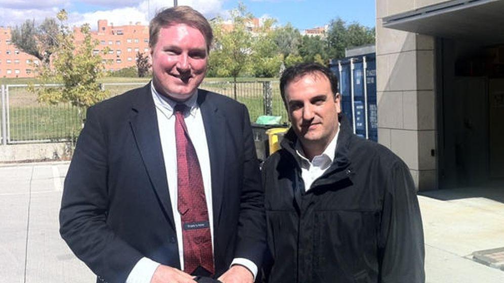 Foto: Eugenio Herrero (derecha) con Glen Gilmore, gurú de las redes sociales.