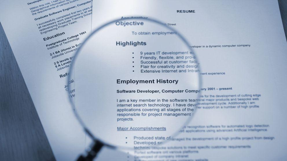 10 palabras que jamás  debes utilizar en tu CV o en tu perfil. Y lo haces