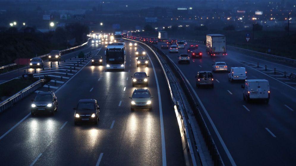 Foto: Estas son las 10 carreteras españolas que debes de evitar en Navidad. (EFE)