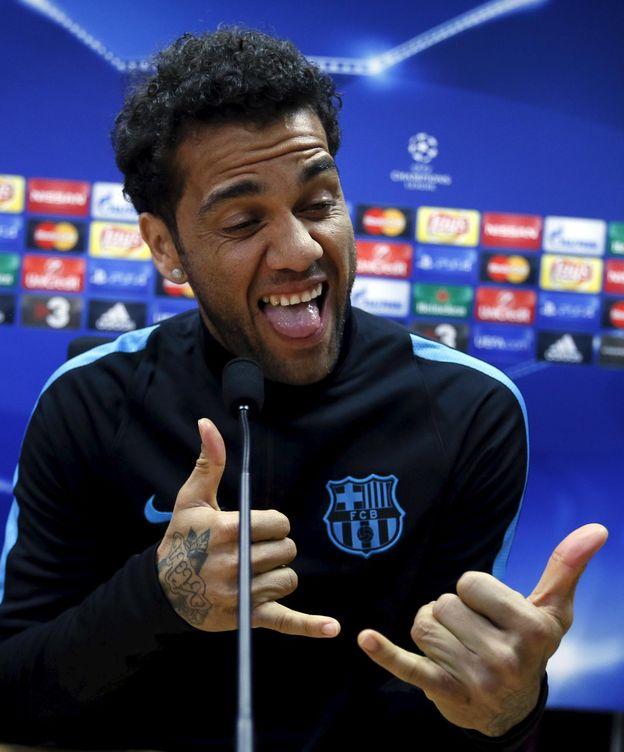 Foto: Alves, en plena rueda de prensa (Reuters)