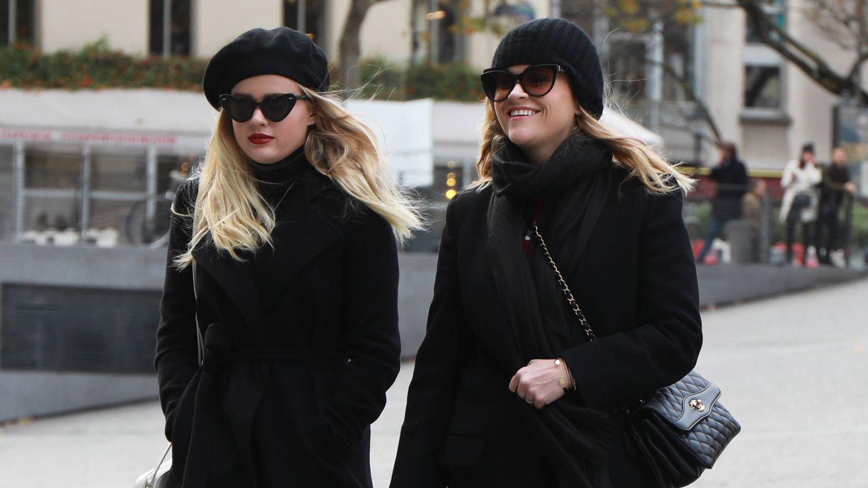 Ava Phillipe y Reese Witherspoon de turismo por París.