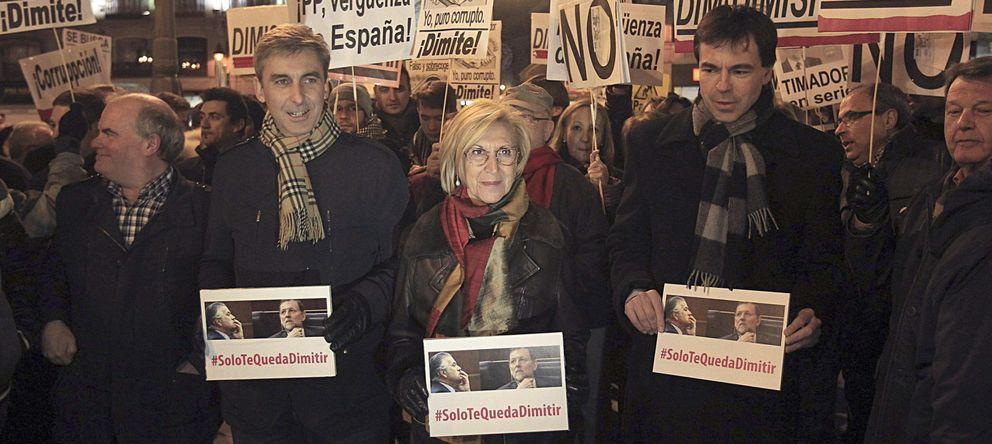 Foto: La líder de UPyD, Rosa Díez, durante la concentración en Madrid. (EFE)