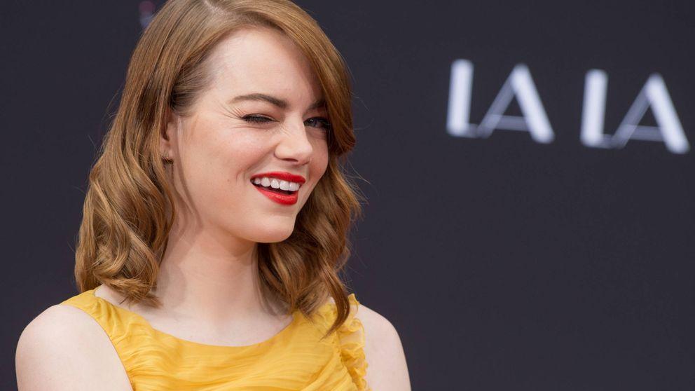 Sonrisas y anillazo: Emma Stone anuncia su compromiso en Instagram