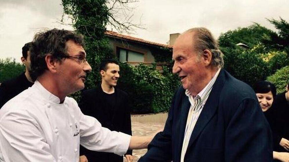 Foto: El Rey Juan Carlos con Andoni Luis Aduriz (Twitter)