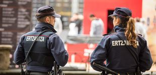 Post de Cuatro detenidos en San Sebastián por tratar de robar escalando por una ventana