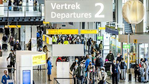 Detenidos seis españoles en el aeropuerto de Ámsterdam por crear alboroto en un vuelo