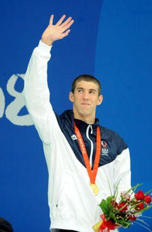 Phelps podría convertirse en unas horas en el atleta con más medallas de oro del olimpismo