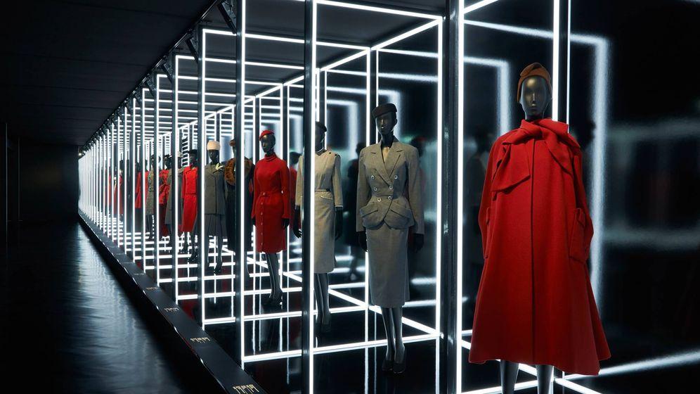 Foto: Imagen de archivo de la exposición 'Christian Dior, diseñador de sueños'. (Imagen: Adrien Dirand/Cortesía Dior)