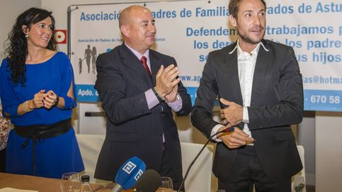 En plena guerra con Rociito Antonio David es premiado como padre coraje
