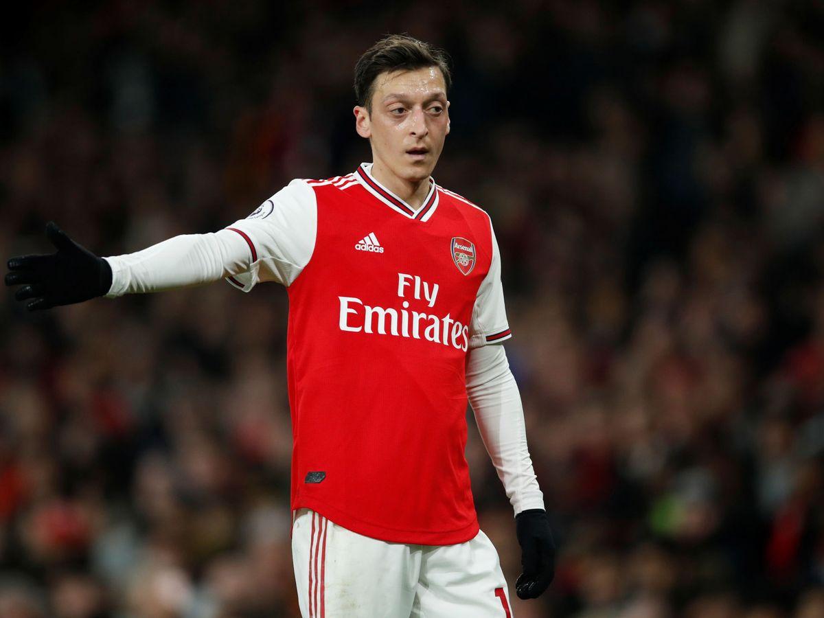 Foto: Ozil, en uno de sus últimos partidos con el Arsenal. (Reuters)