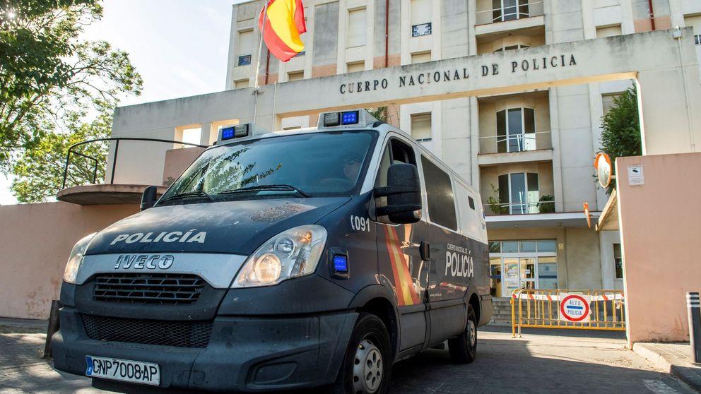 La prisión de Sevilla aplica el 'protocolo antisuicidios' a los miembros de la Manada