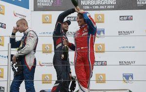 Primer round entre Sainz Junior y Roberto Merhi