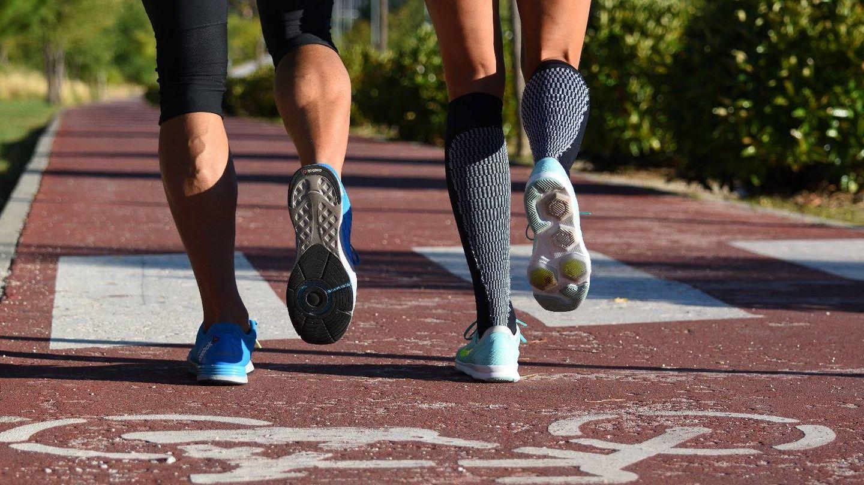 No es lo mismo correr en pista que en la playa o en la montaña. (Foto: Cortesía)