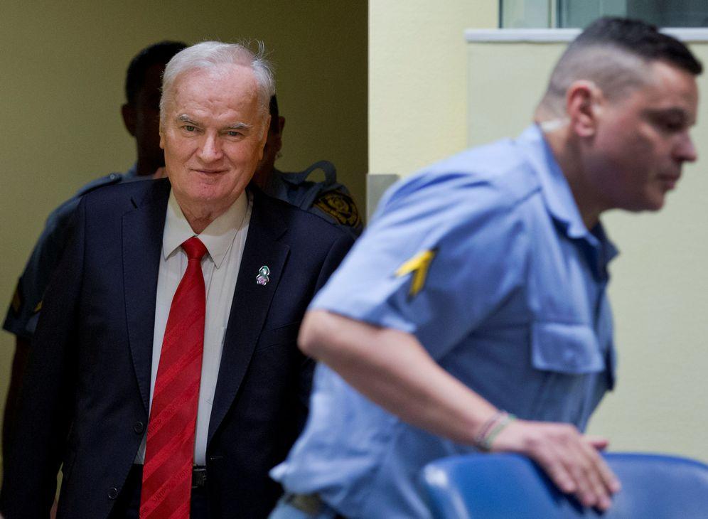 Foto: Ratko Mladic a su llegada al Tribunal Penal Internacional para la ex Yugoslavia, en La Haya. (Reuters)