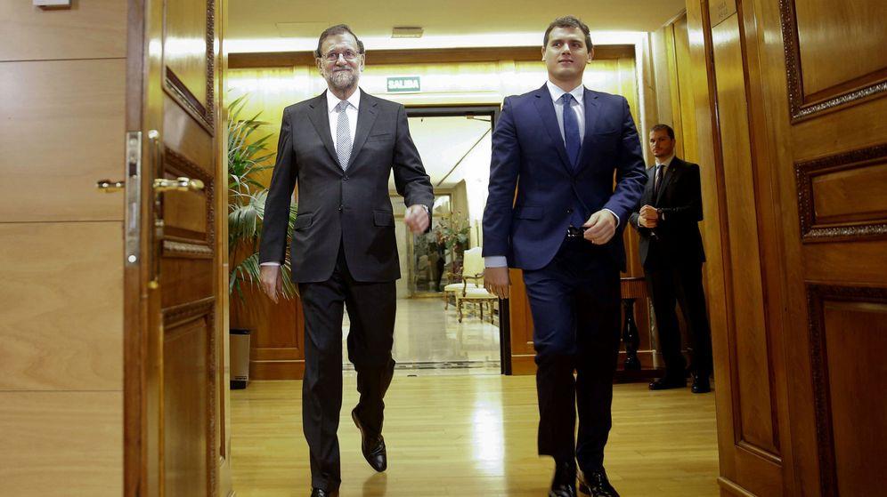 Foto: Mariano Rajoy y Albert Rivera, en el Congreso. (EFE)