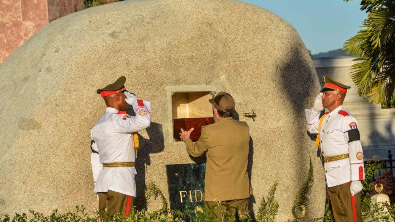 Los restos de Fidel Castro ya descansan en Santiago de Cuba